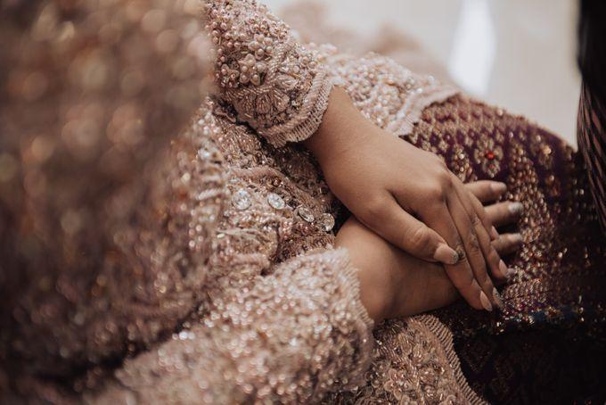 Intimate Traditional Wedding - Anis & Dade by Loka.mata Photography - 007