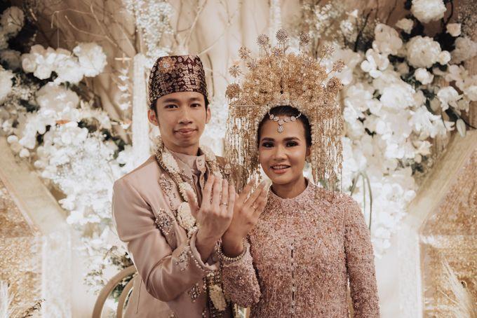 Intimate Traditional Wedding - Anis & Dade by Loka.mata Photography - 013