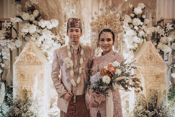 Intimate Traditional Wedding - Anis & Dade by Loka.mata Photography - 014