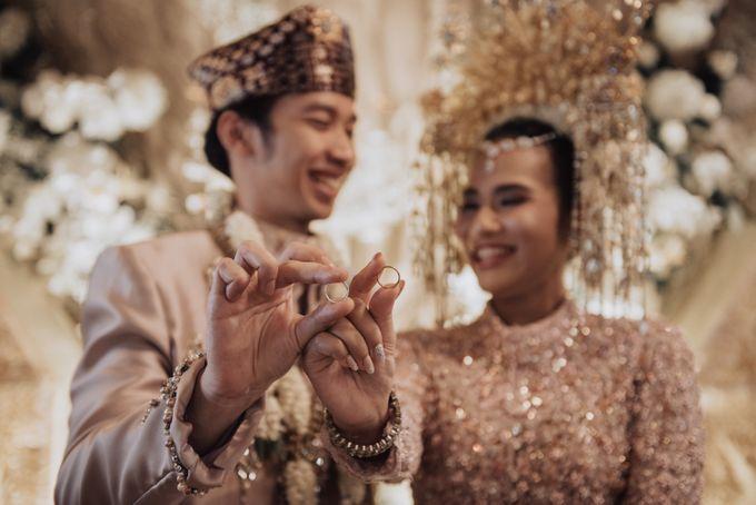 Intimate Traditional Wedding - Anis & Dade by Loka.mata Photography - 015