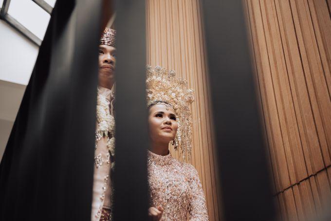 Intimate Traditional Wedding - Anis & Dade by Loka.mata Photography - 017