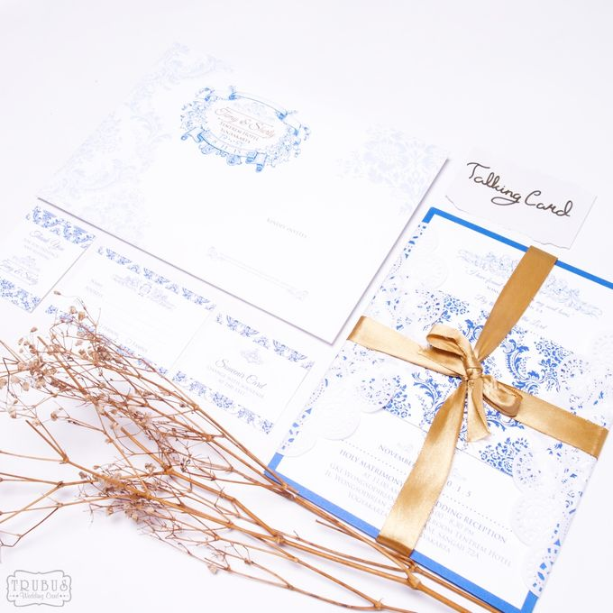 White Blue Single Hardcover Invitation by TalkingCard - 005