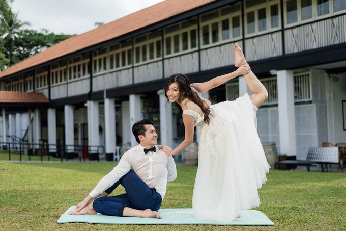 Grace and Johan - Yoga themed pre-wedding shoot by Liz Florals - 004