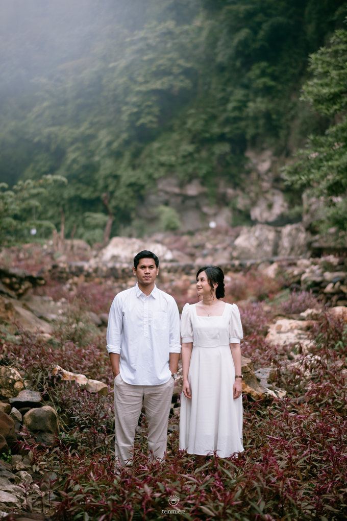 Prewedding of Gadis & Ade by TeinMiere - 001