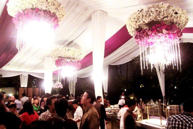 Wedding of daniel helena at intercontinental hotel by mc anna add to board wedding of daniel helena at intercontinental hotel by lotus design 002 junglespirit Choice Image