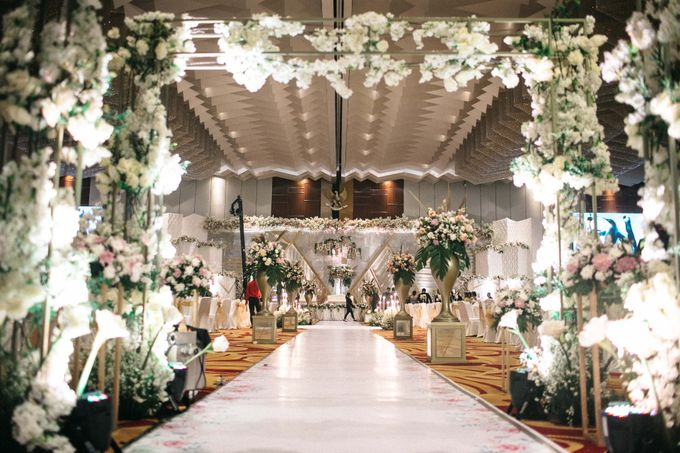 Grandeur Wedding of Johan & Catherine 30th June 2019 by NOMA Jewelry & Accessories - 034