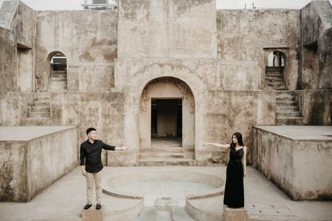 Engagement Session Of Wirya & Mega by Nocture - 001