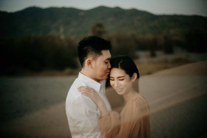Engagement Session Of Wirya & Mega by Nocture - 023