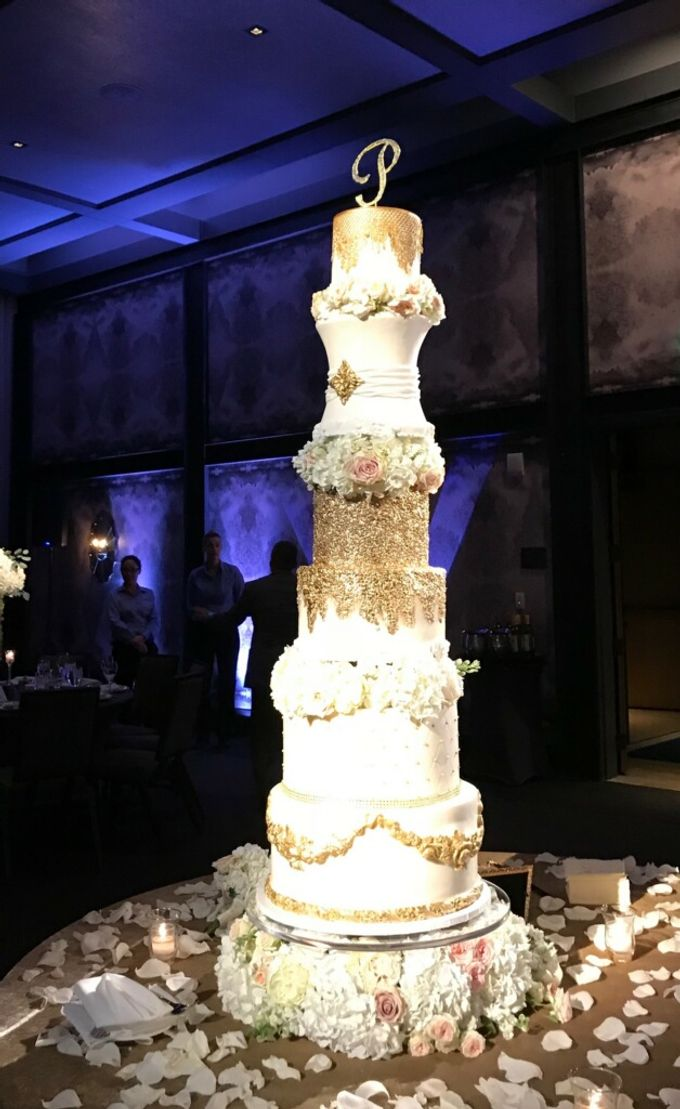 Wedding and Grooms' Cakes by Cakes ROCK!!! - 011
