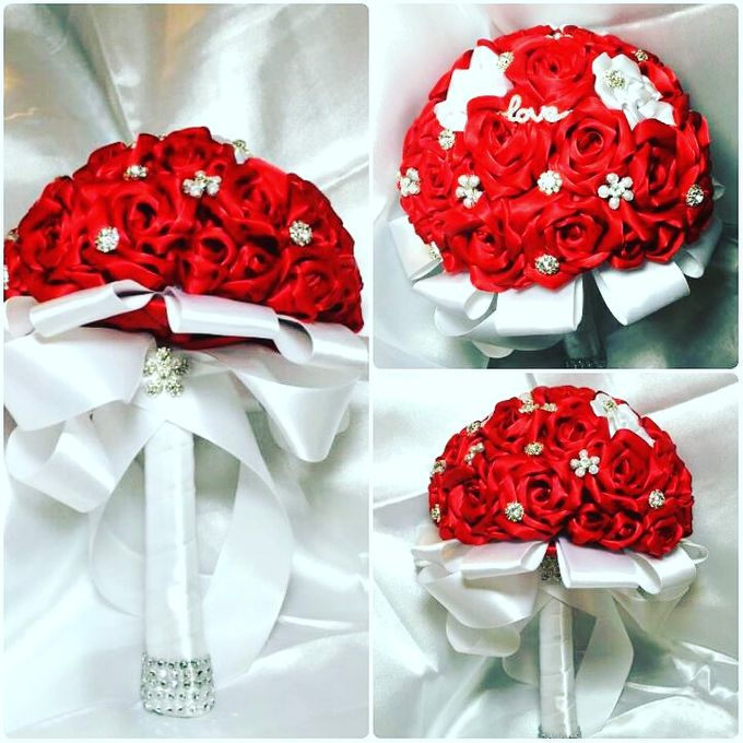 Handmade Bouquets  by Marina's bridals - 001