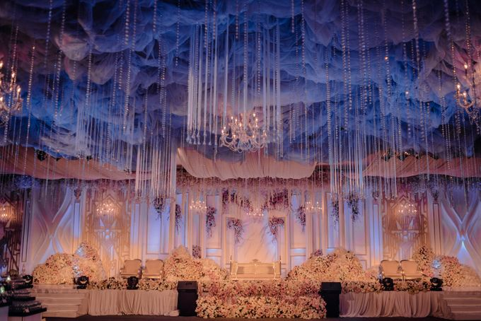 Wedding Of Azmi & Rabi'ah by The Great Larasati - 009