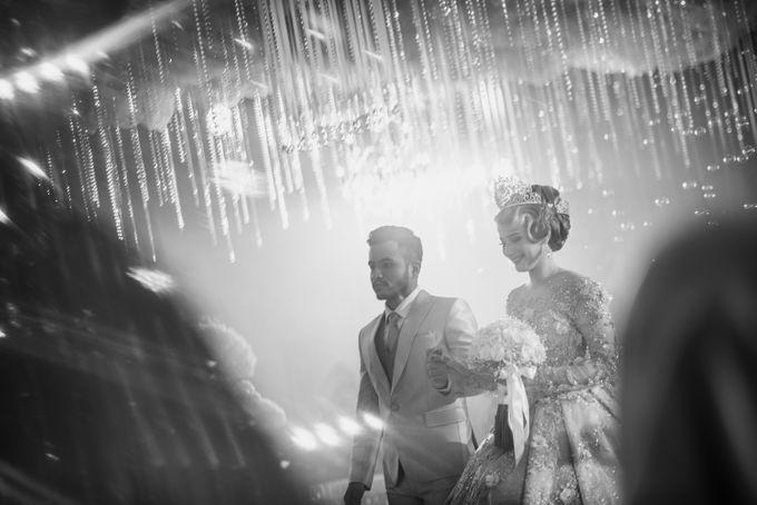 Wedding Of Azmi & Rabi'ah by The Great Larasati - 015