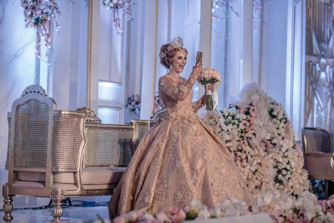 Wedding Of Azmi & Rabi'ah by The Great Larasati - 027