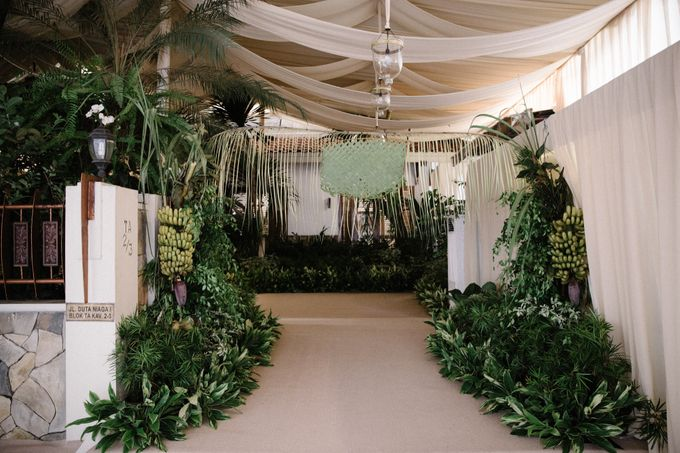 A WEDDING AT PONDOK INDAH by AIRY - 001