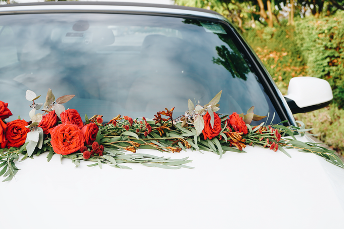 Bridal Car Dressed with Rustic Red Runner  by The Bloomish Eden - 009