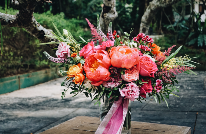 Vibrant Fun Pink Wedding by The Bloomish Eden - 010