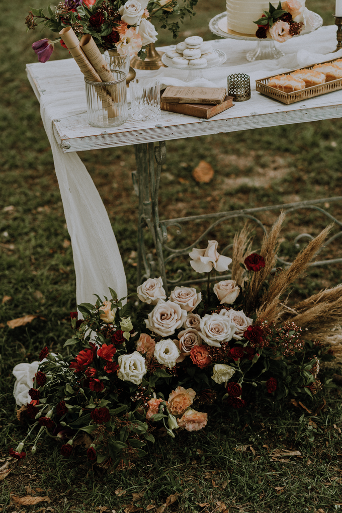 Vintage Romance by The Dessert Party - 008