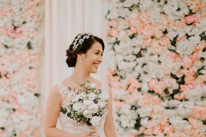 Siaw Fun's wedding by The Glow BeautyBar - 002
