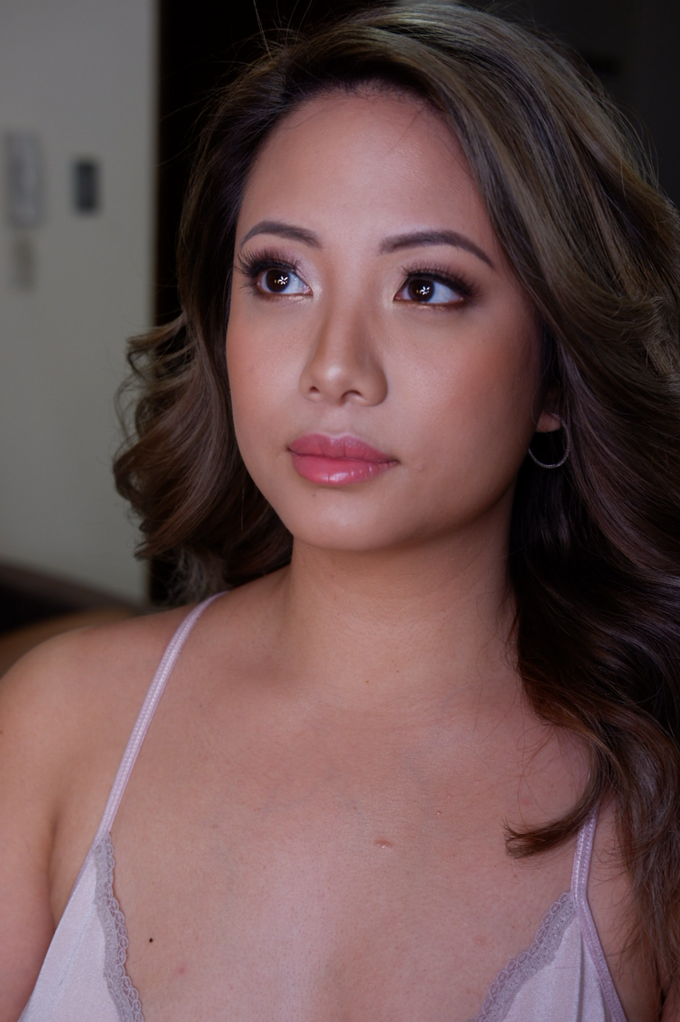 Glowy and bronzy bride by The Makeup Studio by Rouchelle Battad - 001