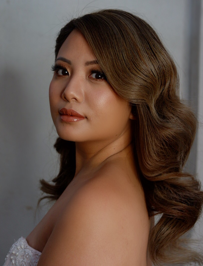 Glowy and bronzy bride by The Makeup Studio by Rouchelle Battad - 005
