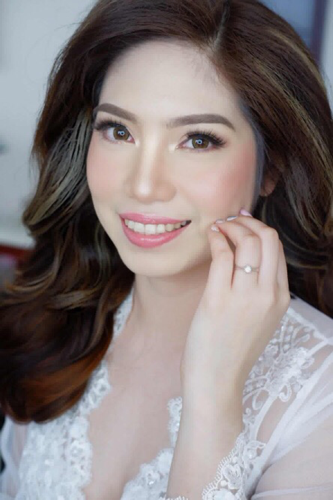 Sample bridal prep look by The Makeup Studio by Rouchelle Battad - 001