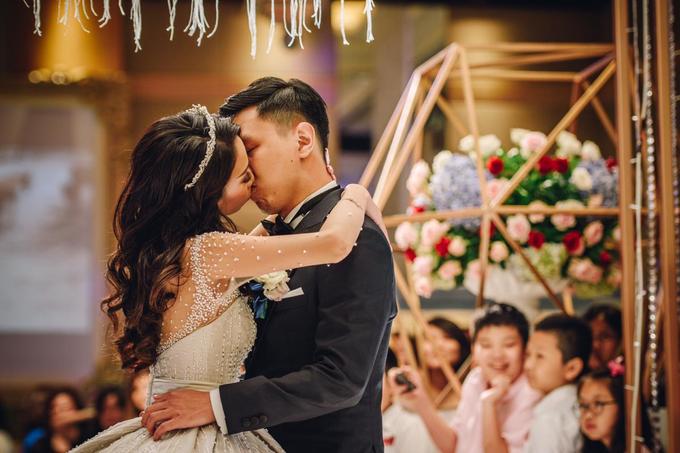Grand Hyatt Jakarta (Alvin & Shelly Wedding) by The Red Carpet Entertainment - 023