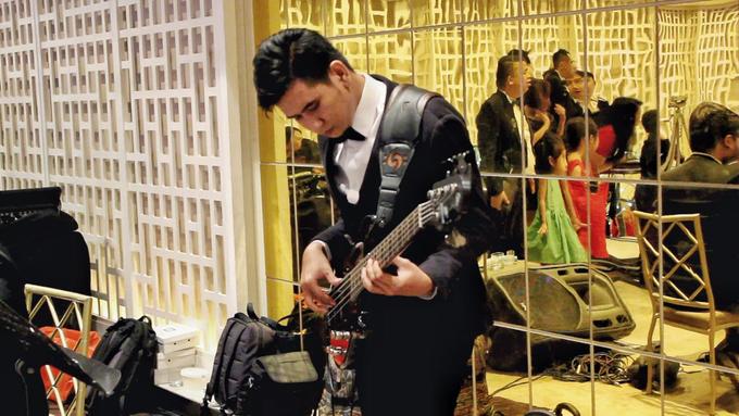 Thamrin Nine Ballroom (Milton & Irtika Wedding) by The Red Carpet Entertainment - 010