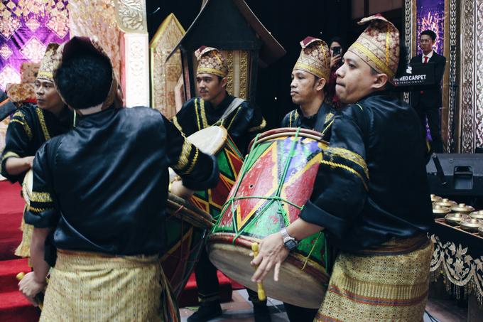 Gedung Pewayangan TMII (Andin & Aqsa Wedding) by The Red Carpet Entertainment - 010