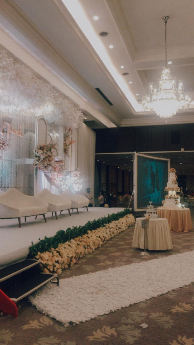 The Ritz Carlton (Deddy & Nancy Wedding) by The Red Carpet Entertainment - 013
