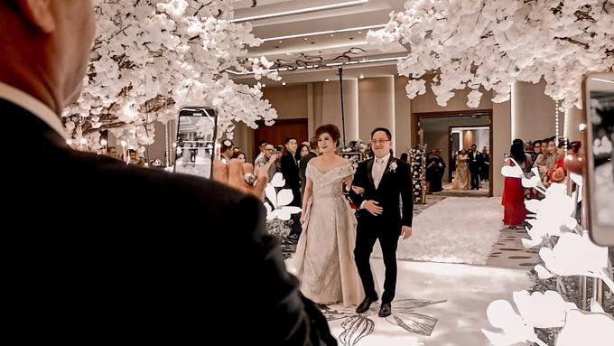 Pullman Thamrin (Felix & Krisshelda Wedding) by The Red Carpet Entertainment - 005