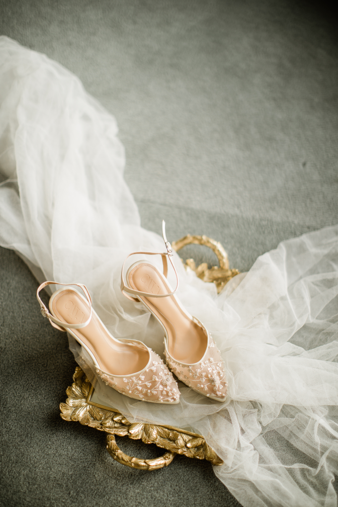 Lukas & Shannen Holy Matrimony by The Red Shoes - 001