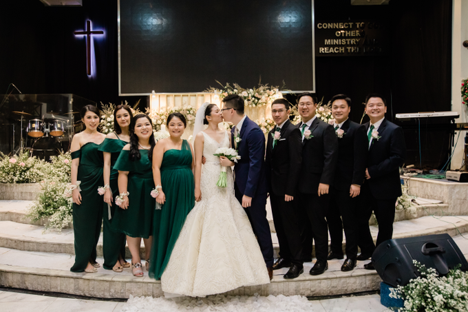 Lukas & Shannen Holy Matrimony by The Red Shoes - 013