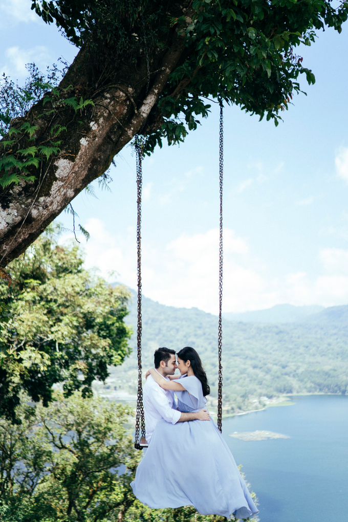 The Pre-wedding of Reza & Cintya by Lis Make Up - 009