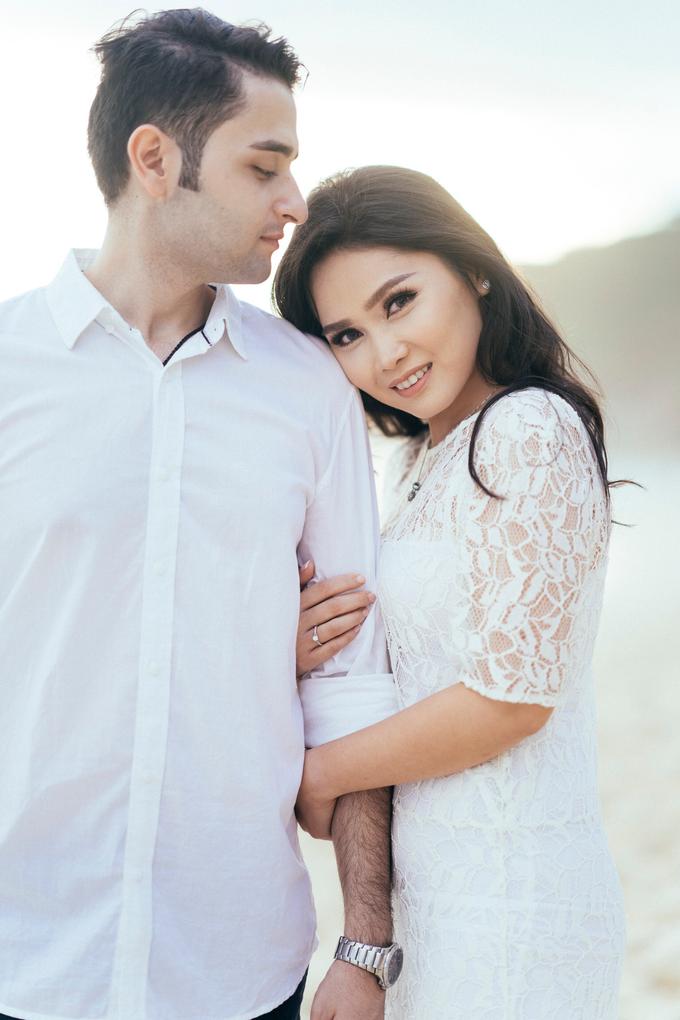 The Pre-wedding of Reza & Cintya by Lis Make Up - 024