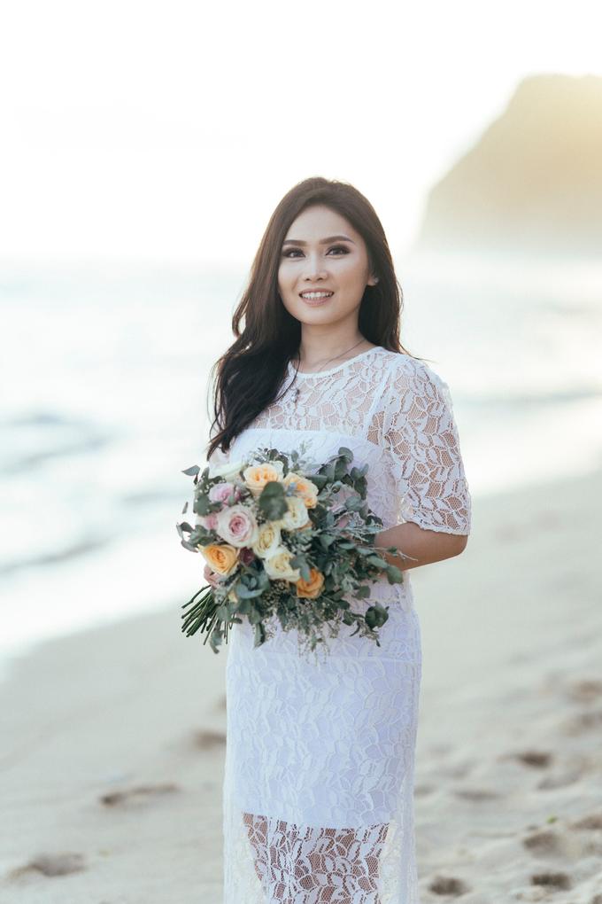 The Pre-wedding of Reza & Cintya by Lis Make Up - 025