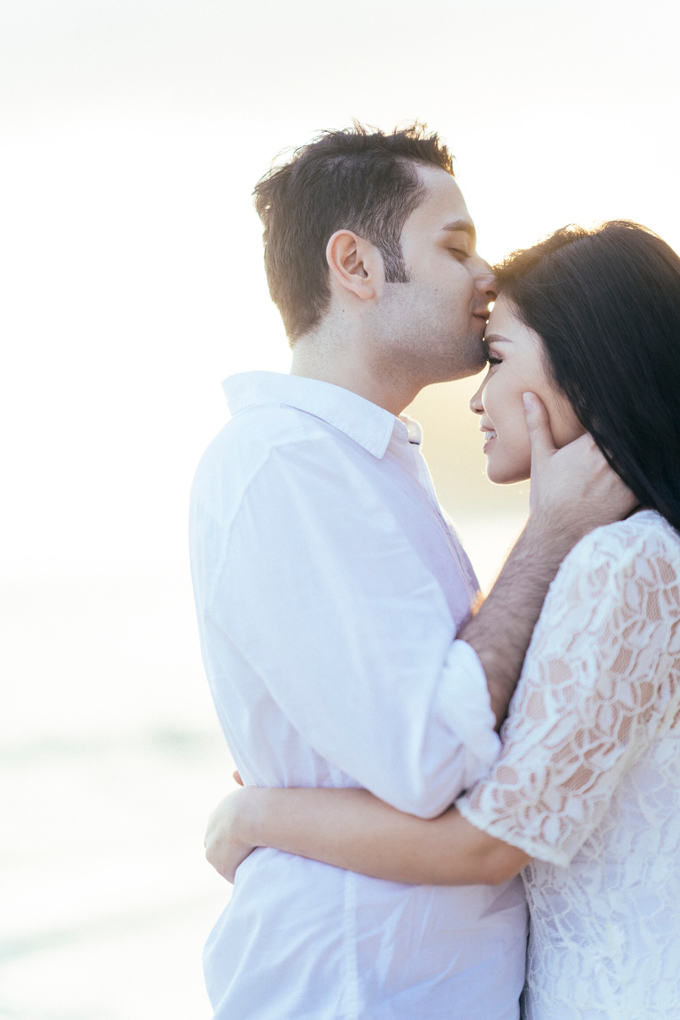The Pre-wedding of Reza & Cintya by Lis Make Up - 026