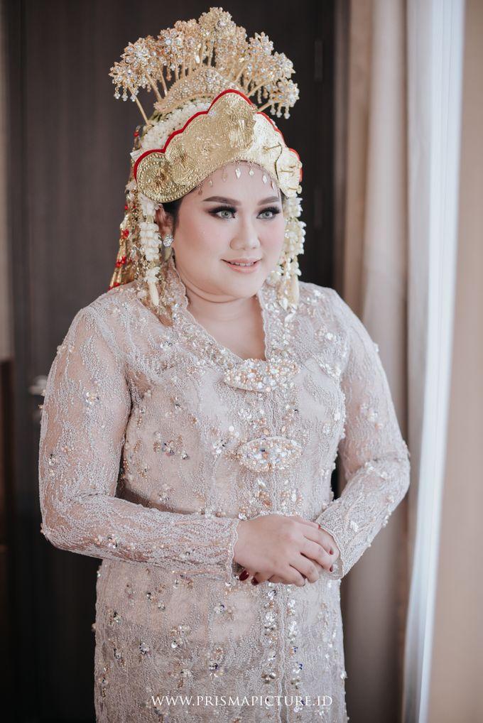 Perpaduan Adat Palembang dan Adat Jawa Modern ala Tya Mersa by theSerenade Organizer - 002