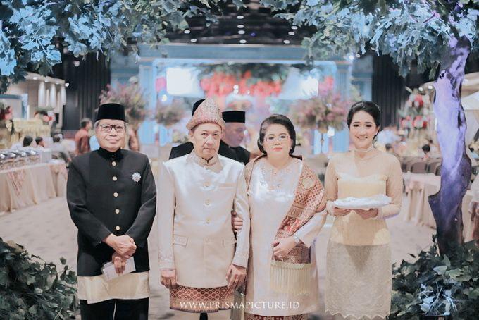 Perpaduan Adat Palembang dan Adat Jawa Modern ala Tya Mersa by theSerenade Organizer - 004