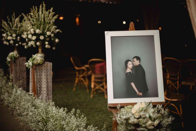 Perpaduan Adat Sunda dan Jawa dalam Pernikahan Intimate Dua Dokter by theSerenade Organizer - 005