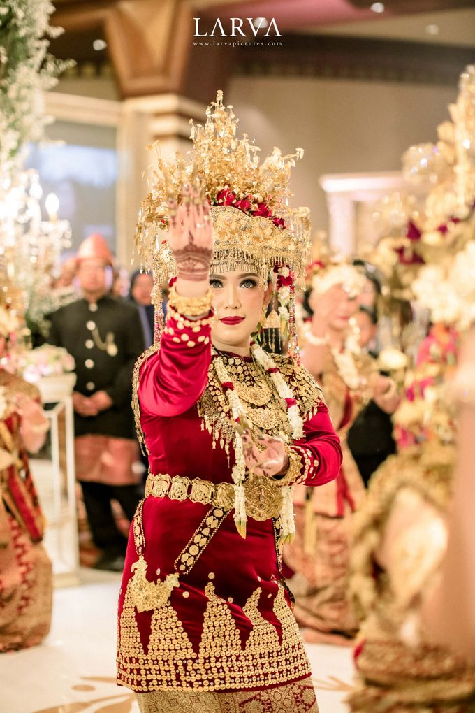 Peleburan Dua Budaya Ala Bulan & Gilar by theSerenade Organizer - 014