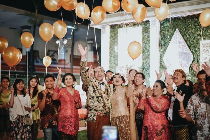 Pernikahan Outdoor dengan Tema Jawa Kontemporer by FANNY KARTIKA - 004