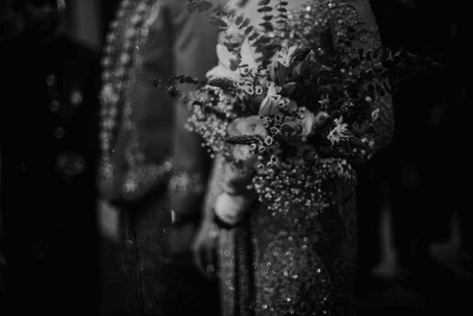 Perpaduan Adat Sunda dan Jawa dalam Pernikahan Intimate Dua Dokter by theSerenade Organizer - 021