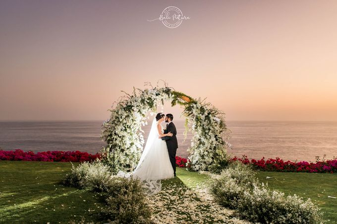The Ungasan Bali Wedding - Loubna & Saleh by Bali Pixtura - 027