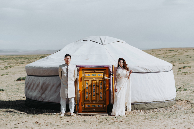 Elopement in Mongolia by The Wildest Dreams - 024