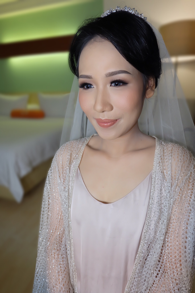 Sherly Wedding by Theiya Makeup Artistry - 005