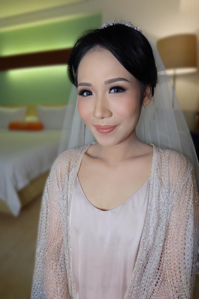 Sherly Wedding by Theiya Makeup Artistry - 008