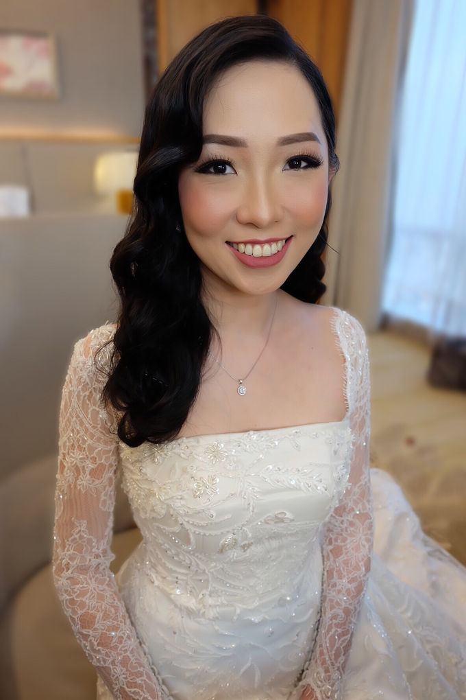 Isadora Wedding by Theiya Makeup Artistry - 004