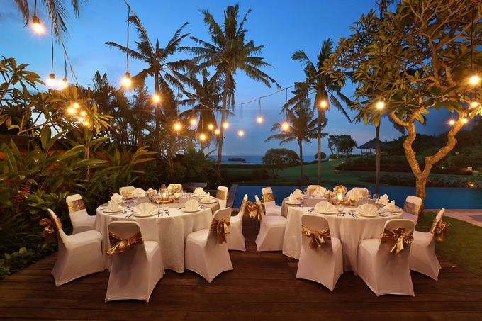 GOLD WEDDING PACKAGE by IMPIANA PRIVATE VILLAS CEMAGI - 003