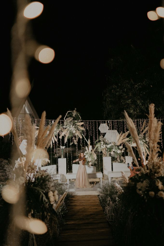 Theo & Hanna  Wedding Decoration by By Laurentialili - 045