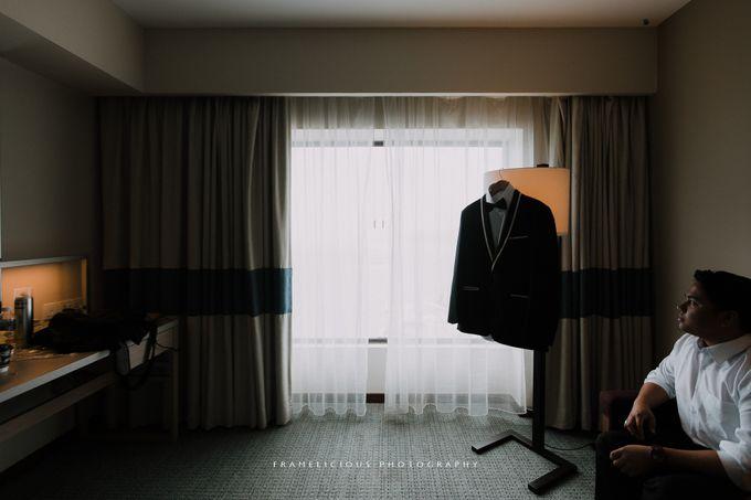 Sharon & Steven - Wedding Photography by Framelicious Studio - 002